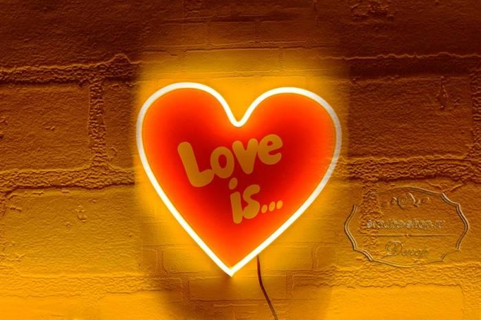 Надпись из гибкого неона - Сердце love is