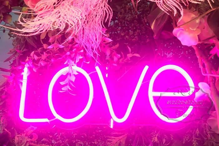 Надпись - LOVE